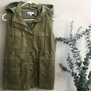 Jackets & Blazers - NWOT Olive Green Utility Vest